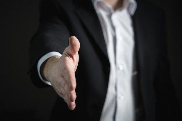 Private business coaching - handshake